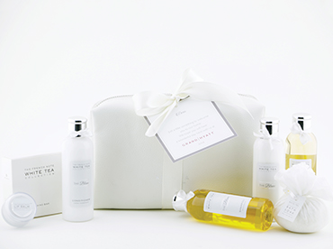 Hotel Amenities India, Customised Gift set Collection for Hotels, Kimirica Hunter International.